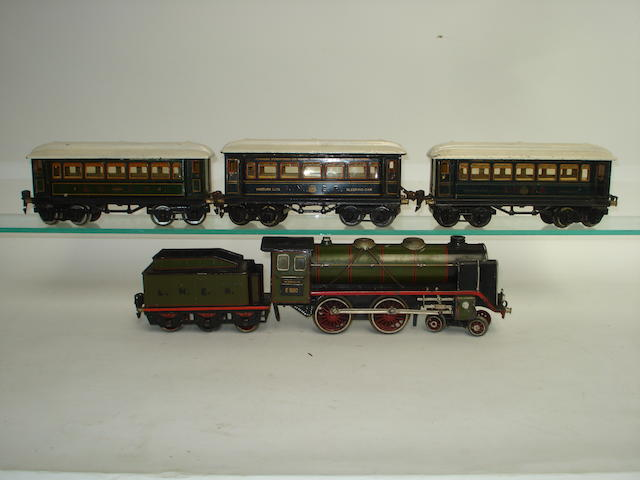 Marklin c/w E920 4-4-0 locomotive, tender and coaches lot