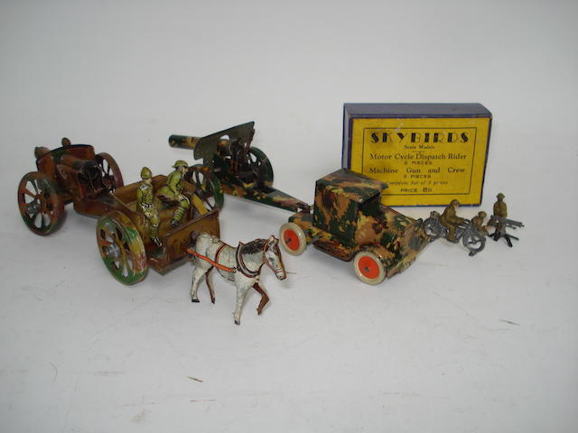 Penny toy Horse Drawn Field Gun Team 3