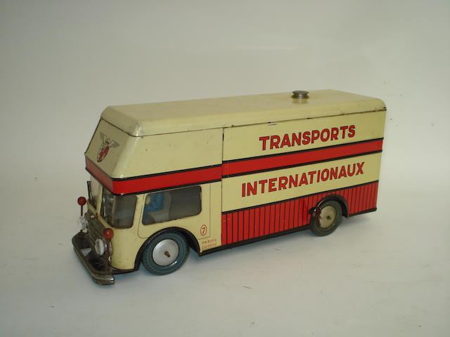 Joustra c/w Transport Internationaux lorry, 1950s