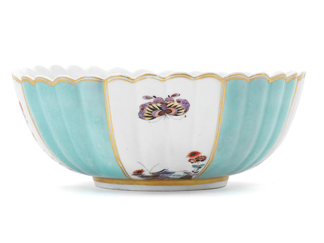 A Meissen bowl with a Johanneum mark (restored)
