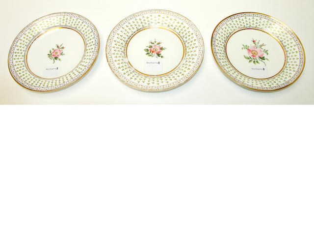 Three similar Nantgarw plates, circa 1818-20