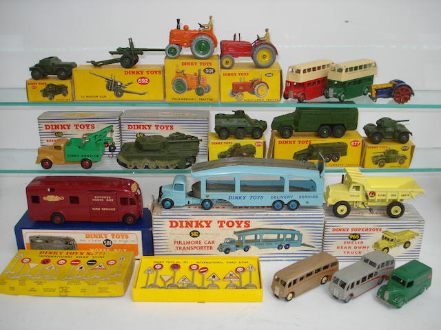 Dinky Supertoys, Military vehicles and more lot