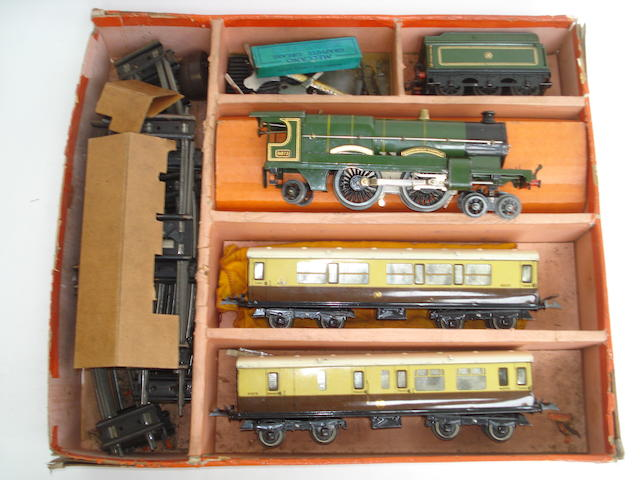 Hornby Series No.3c Caerphilly Castle Passenger Train set