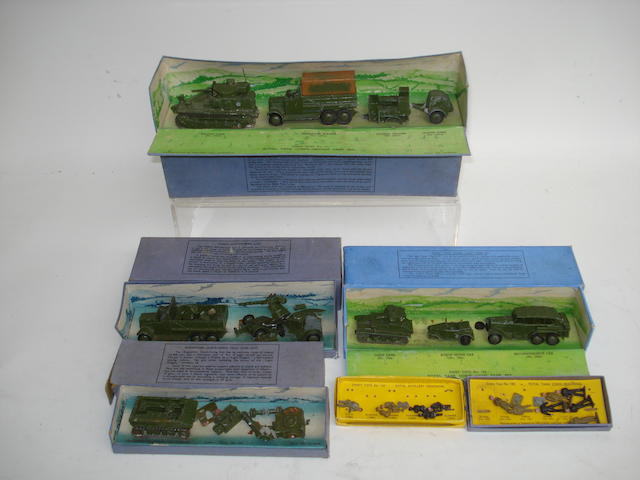 Dinky (pre-war) Army sets lot