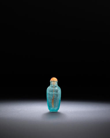 An aquamarine snuff bottle Qing dynasty, 1760-1840