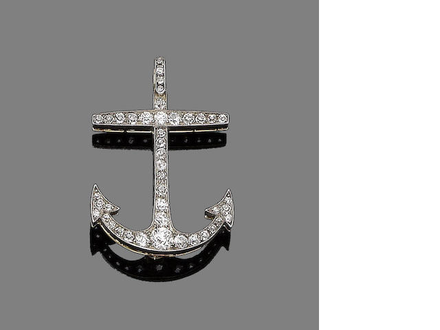 A diamond brooch/pendant,