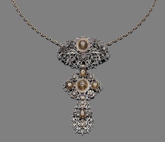 A diamond-set pendant/necklace