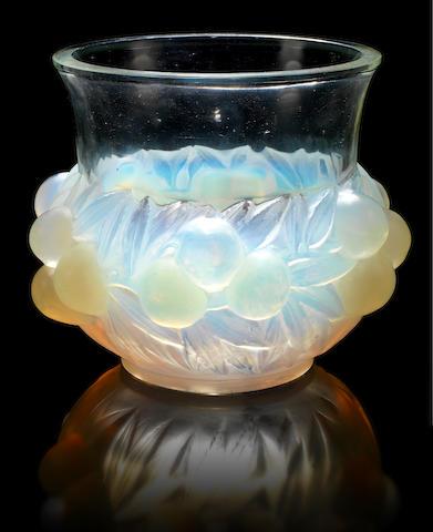 René Lalique 'Prunes' a Vase, design 1037