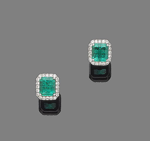 A pair of emerald and diamond cluster earstuds