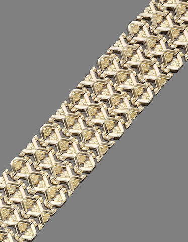 A gold fancy-link bracelet,