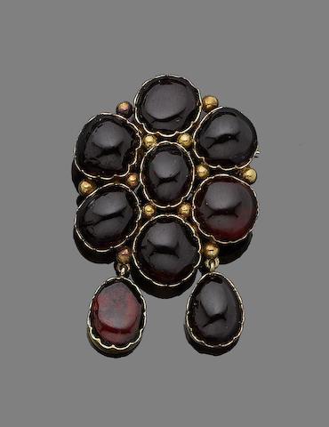 A garnet brooch,