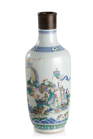 A Chinese doucai bottle-shaped vase Underglaze blue double-ring mark, Late Qing or Republic