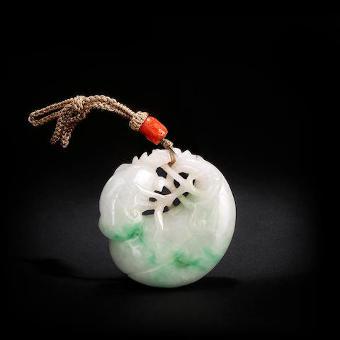 A Chinese jadeite carving