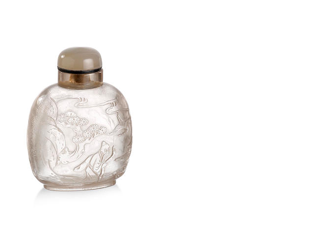 A Chinese carved rock crystal snuff bottle