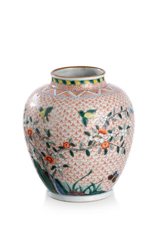 A Chinese exportware wucai jar Double-ring and pictorial mark in underglaze blue to the base, late Qing or Republic