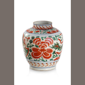 A famille verte 'phoenix' jar Transitional Period