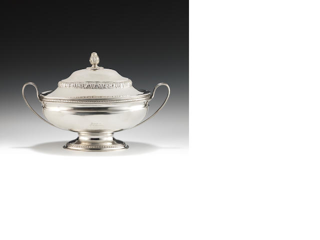 A George III Irish silver soup tureen and cover By John Lloyd, Dublin 1778