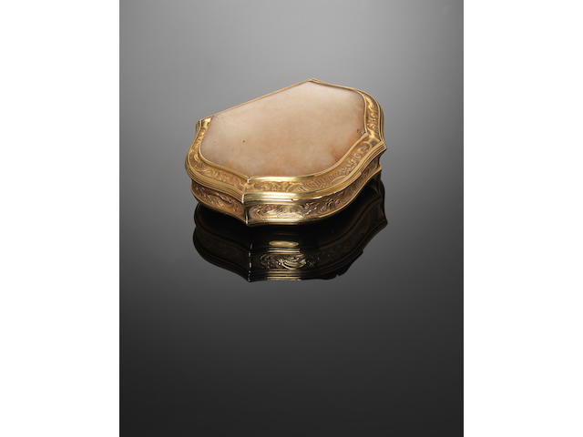 A George II gold and hardstone mounted snuff box by Francis Harache, London 1741