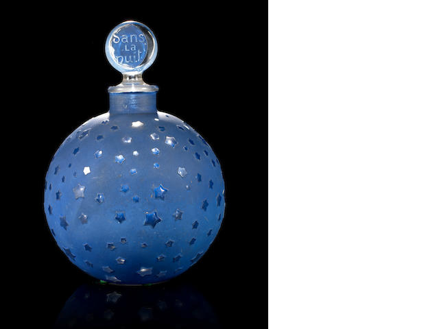 René Lalique for Worth  'Dans La Nuit' a Large Perfume Bottle and Stopper, design 1924