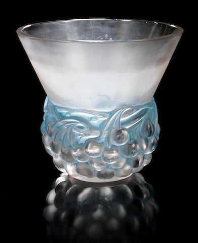 René Lalique 'Cerises' a Vase, design 1930