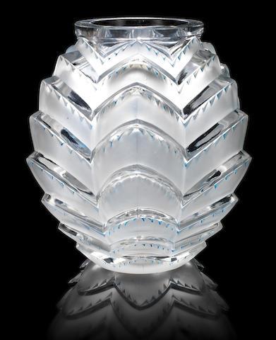 René Lalique  'Soustons' a Vase, design 1935
