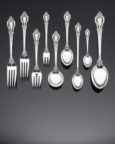 An American silver table service of flatware by Lunt, also marked STERLING, post 1935  (143)