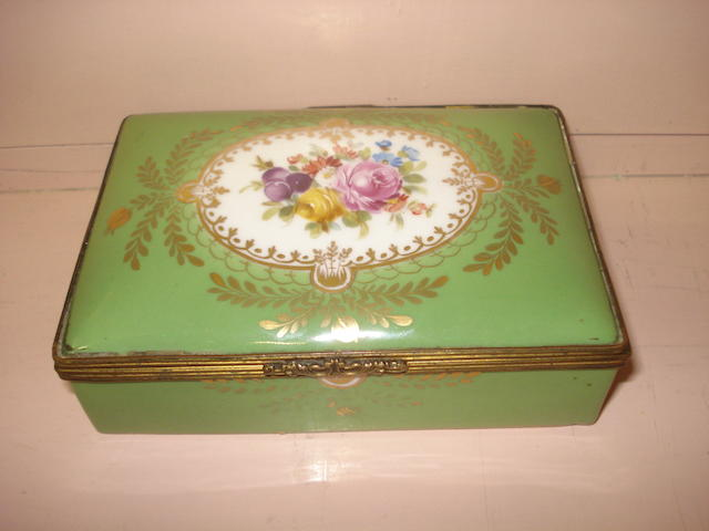 A continental porcelain box 19th century