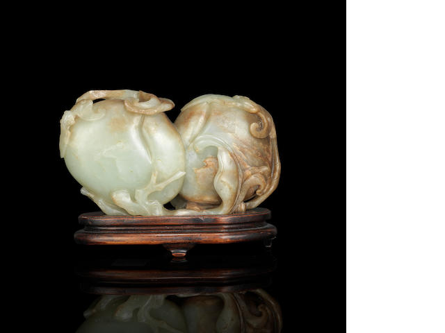 A jade 'peach and bat' carving Early Qing dynasty