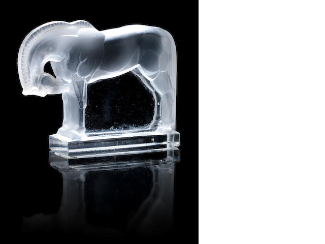 René Lalique 'Cheval' a Paperweight, design 1929