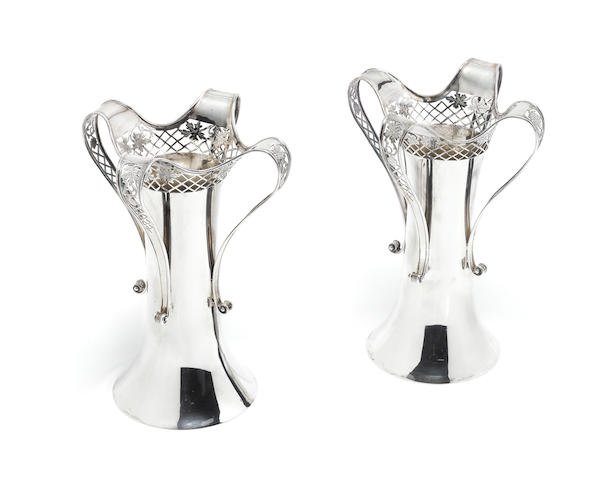A pair of silver flower vases, by Mappin & Webb, London 1913  (2)