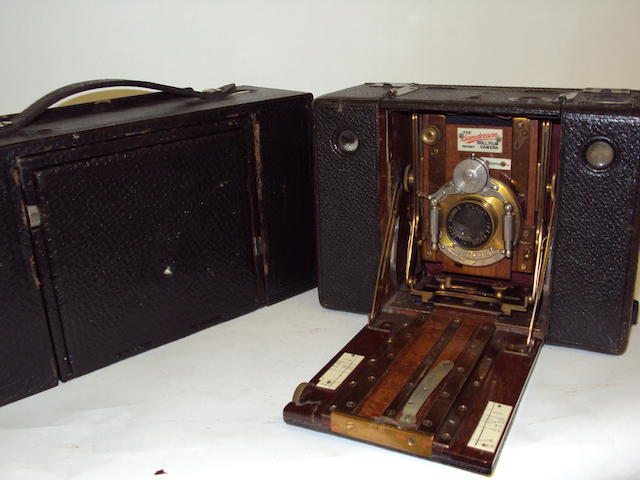 A Sanderson Roll Film camera and a Kodak Screen Focus camera