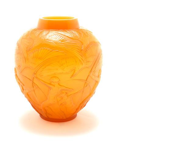 René Lalique  'Archers' a Vase, design 1921