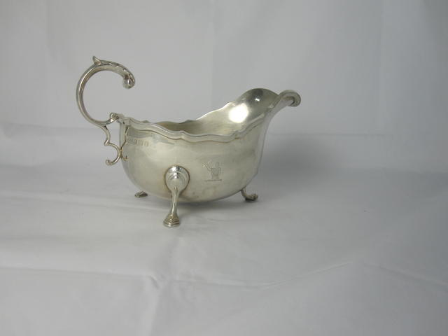 An oval silver sauce boat By William Greenwood & Sons, Birmingham 1932