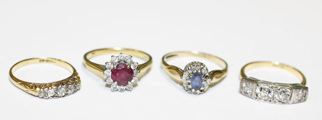 Four diamond set rings (4)