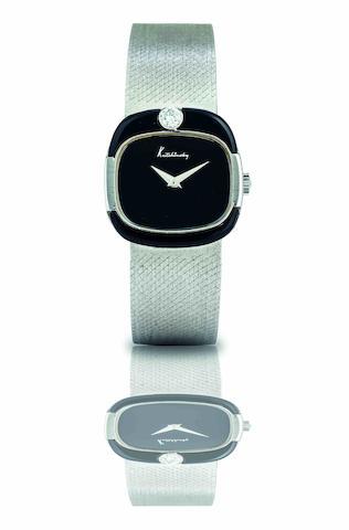 Kutchinsky. A fine 18ct white gold and diamond set manual wind lady's bracelet watch Case No.92733, Circa 1980