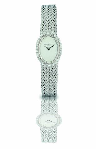 Vacheron Constantin. A fine 18ct white gold and diamond set lady's bracelet watch Case No.491628P, Movement No.640342, Circa 1990