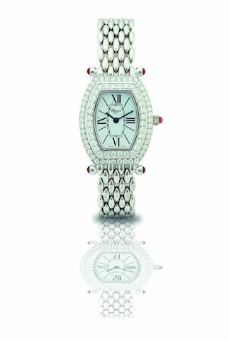 Chopard. A fine and rare 18ct white gold and diamond set lady's quartz bracelet watchLes Classiques, Ref: 10/6560-21, Case No.556574, Circa 2000
