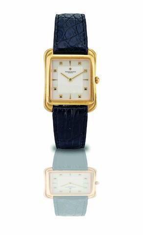 Vacheron Constantin. A fine and rare 18ct gold manual wind wristwatch Les Historiques, Ref:31100, Case No.617236, Movement No.781067, Circa 1990
