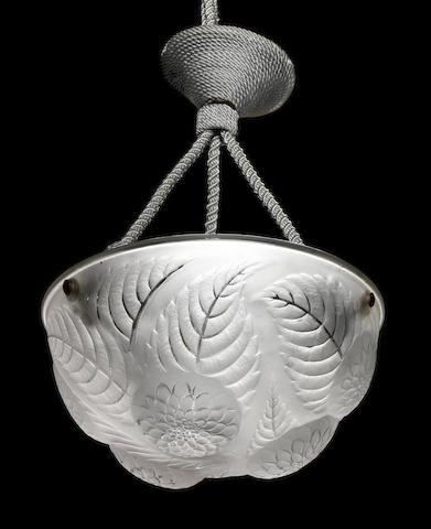René Lalique  'Dahlias' a Plaffonier, design 1921