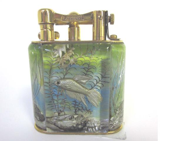 DUNHILL: A 'Miniature Aquarium' lighter  (1)