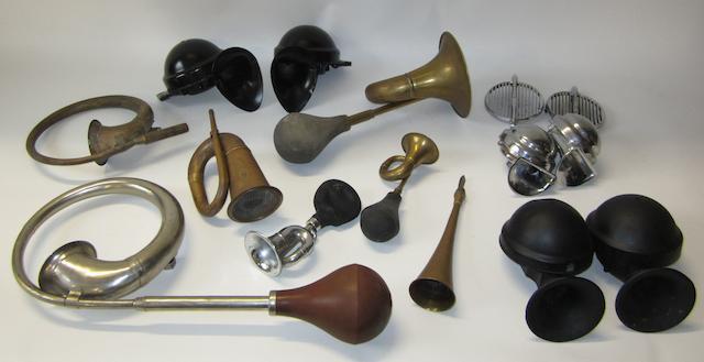 Assorted horns,