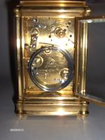 A carriage clock with repeat