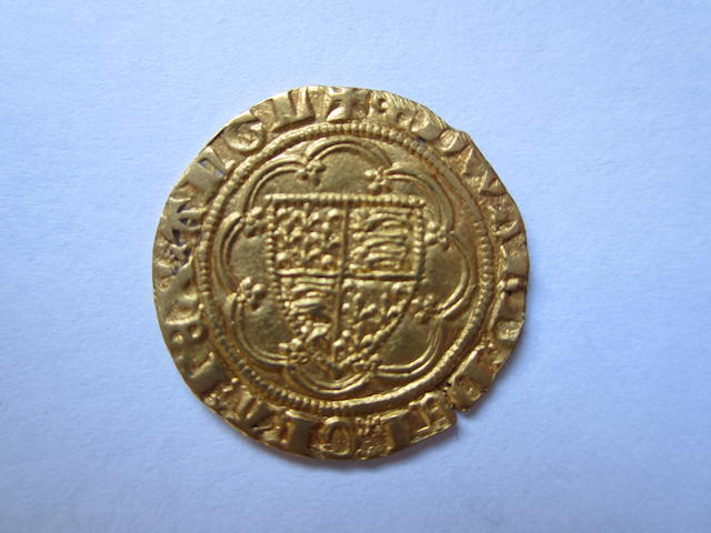 Edward III, fourth coinage (1351-77), transitional treaty period (1361), Quarter-noble, 1.8g, shield in tressure of eight arcs,