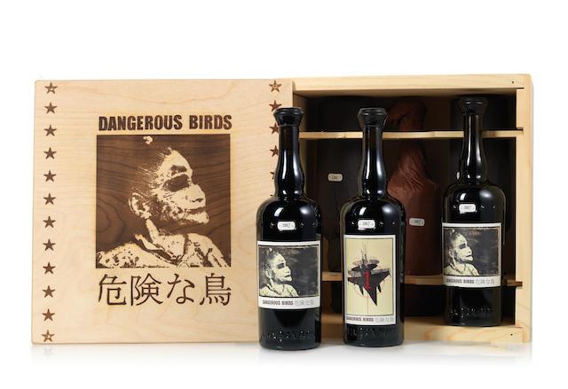Sine Qua Non Dangerous Birds Syrah 2007 (4)<BR />Sine Qua Non Dangerous Birds Grenache 2007 (2)
