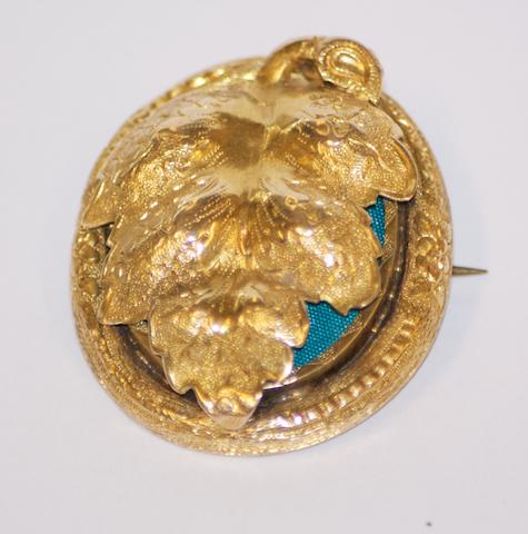 An Australian gold locket brooch, circa 1880