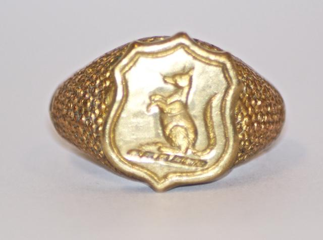 An Australian gold signet ring, 19th century