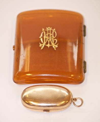 An Australian gold double sovereign case by Aronson & Co, Little Collins Street, Melbourne, circa 1900  (2)