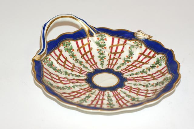 A Worcester porcelain saucer dish, circa 1780