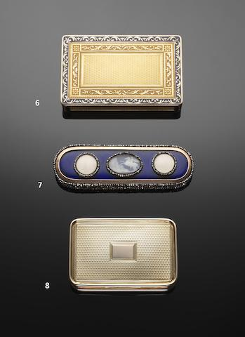 A George III gold snuff box by John Linnit and Willian Atkinson, London 1811