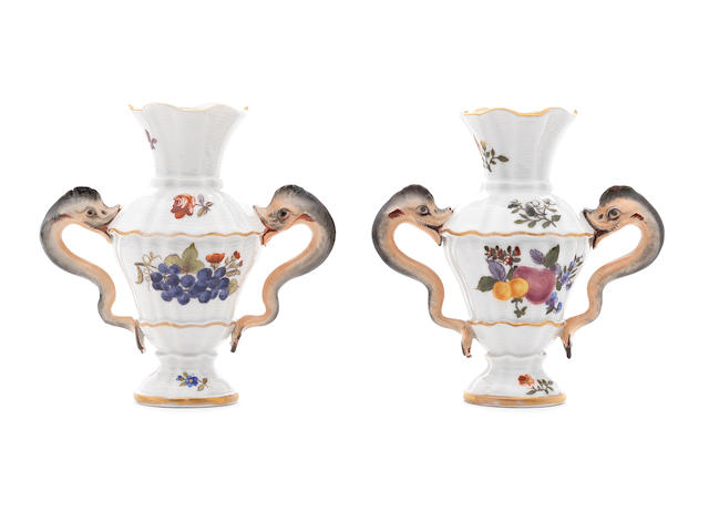 A pair of small Meissen table vases made for the Köningliche Hofkonditorei